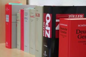 Bücher und Nachschlagewerke